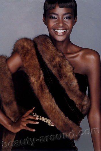 Kiara Kabukuru beautiful african black models