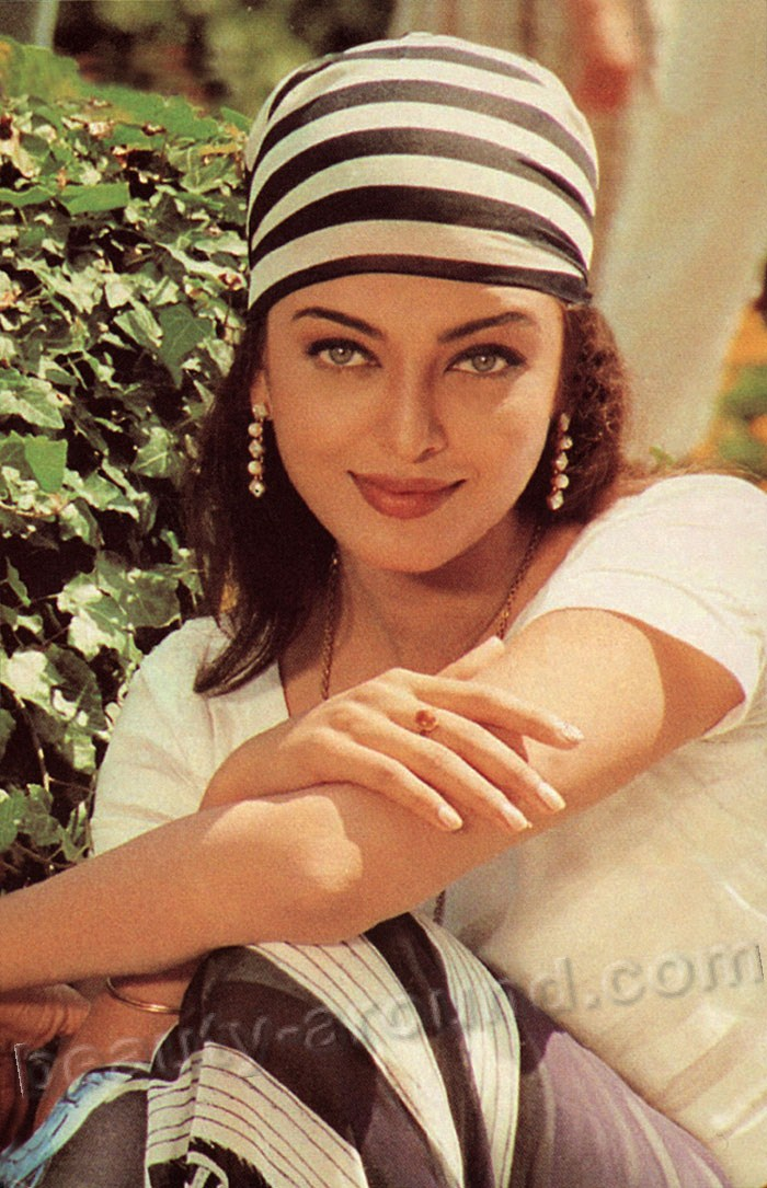 Aishwarya Rai is the most beautiful and famous Indian photos