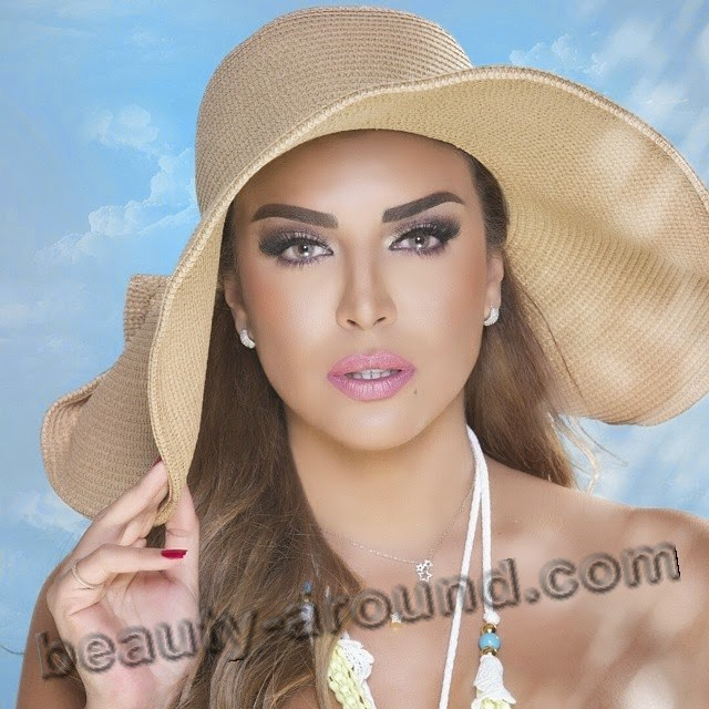 Amal Boushousha beautiful Algerian TV presenter photo
