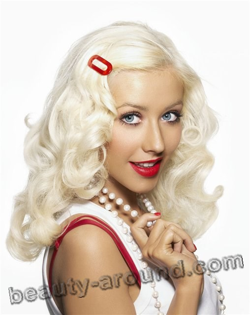 Christina Aguilera Most beautiful American Female singer photo