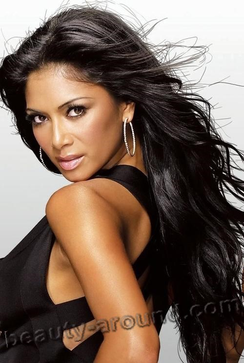 Nicole Scherzinger hot American singer photo