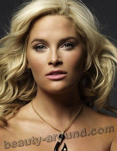 10. Whitney Thompson1