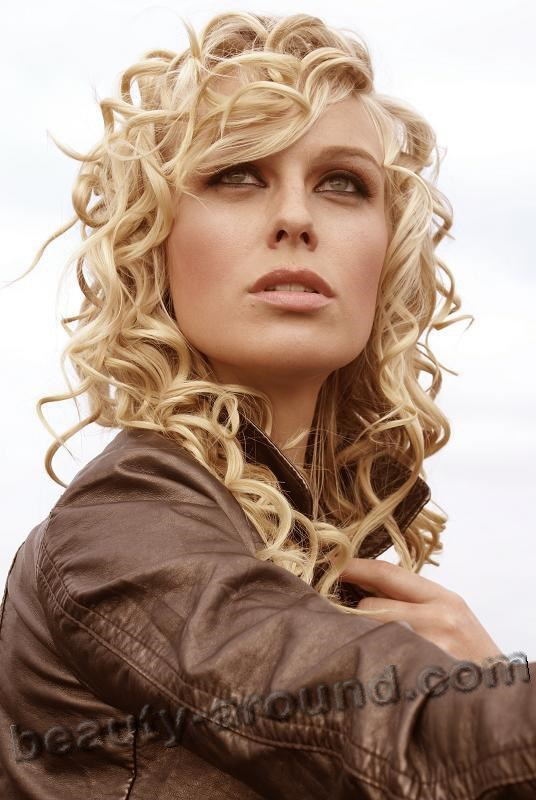 7.caridee english-fullsize