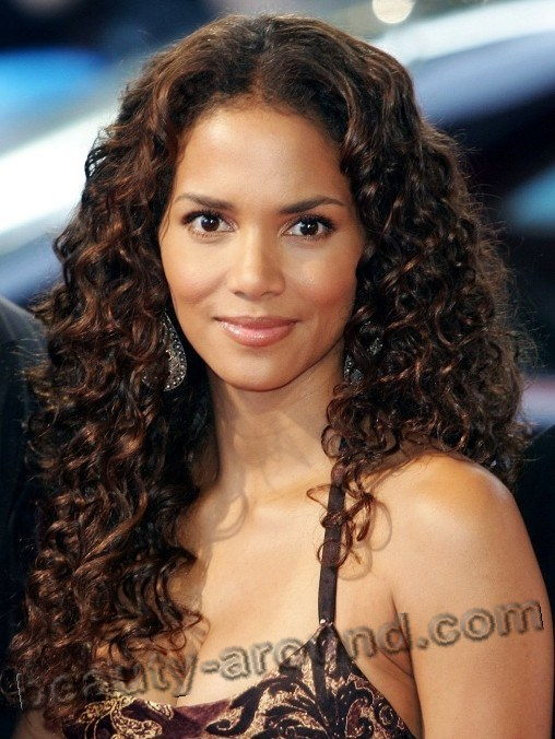 Halle Berry most beautiful american actress photos