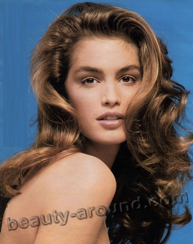 Cindy Crawford the most popular supermodels photos