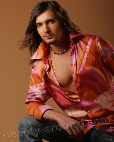 Виталий Козловский украинский певец, заслуженный артист Украины