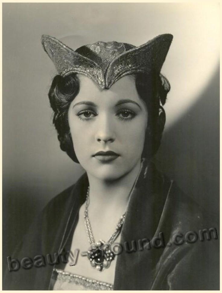 Beautiful Austrian Women Irene Ware American Hollywood actress photo