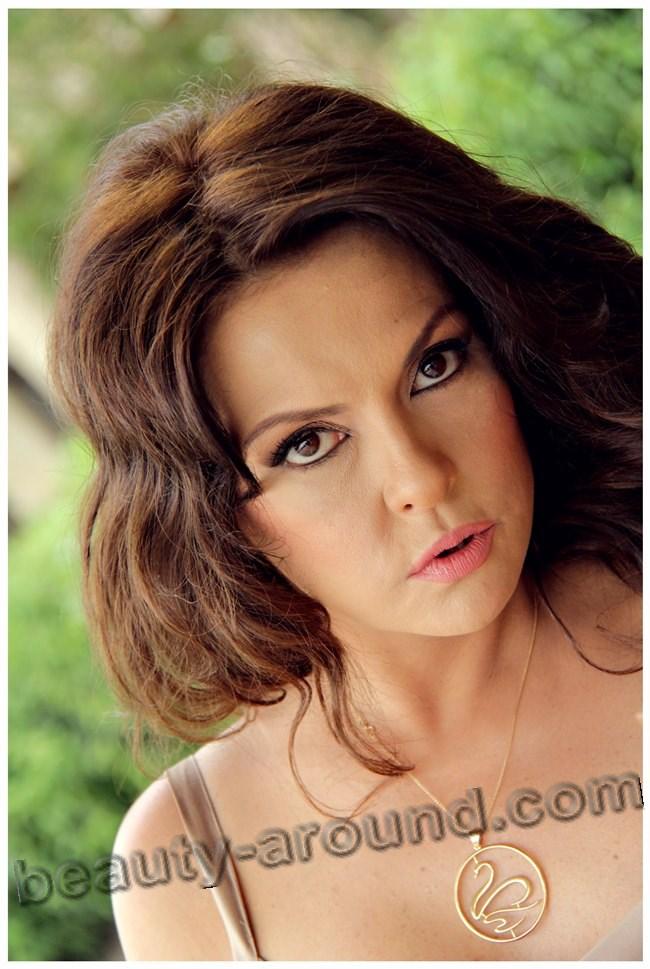 Айдан Шенер макияж фото