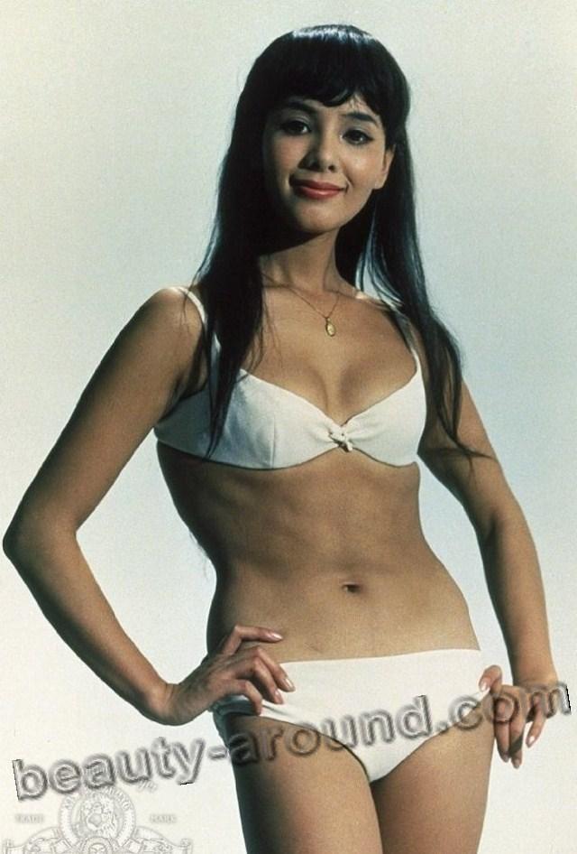 Миэ Хама / Mie Hama в роли Кисси Судзукив фильме Живёшь только дважды о Джеймсе Бонде Агент 007  - японская актриса.