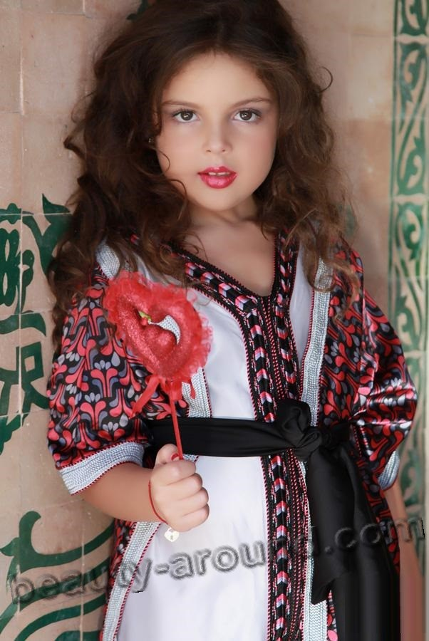 Nice Moroccan baby girl photo