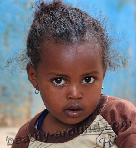 Ethiopian girl photo