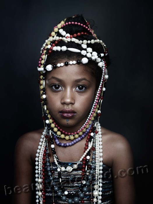 Senegalese girl photo