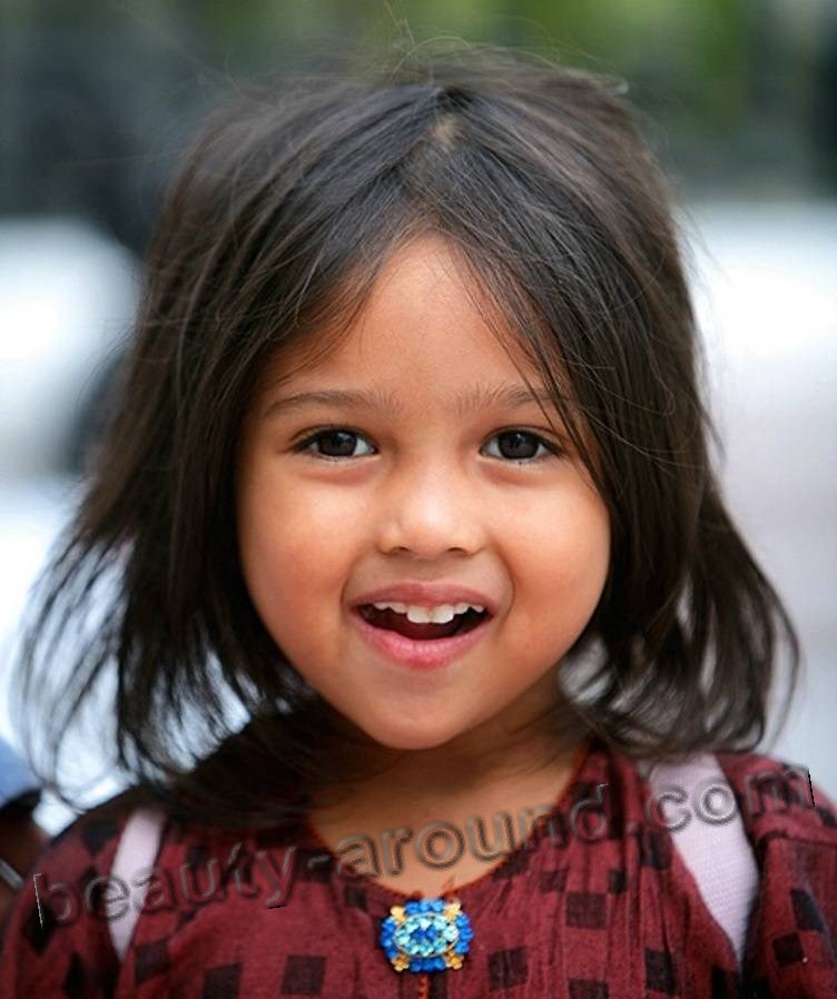 super cute Malay girl photo