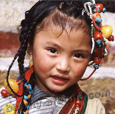 Cute Tibetan girl picture