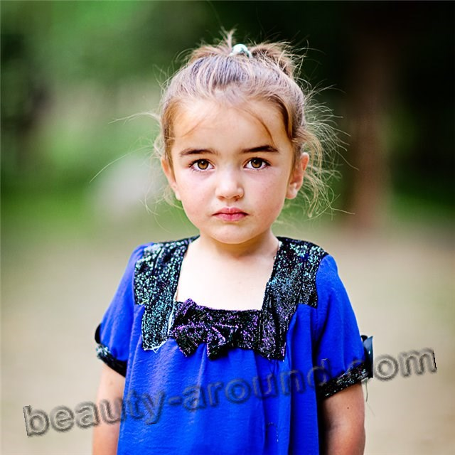 Beautiful Tajik girl photo
