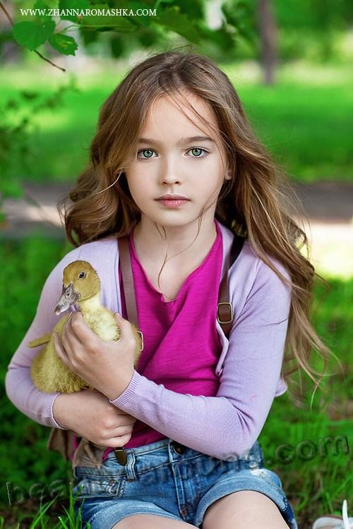 Самая красивая девушка казахстана фото эротика 6 фотография