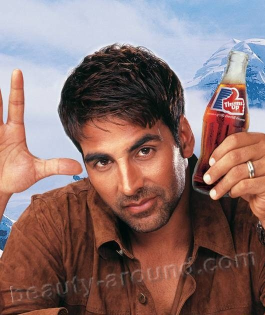 Akshay Kumar handsome bollywood actor