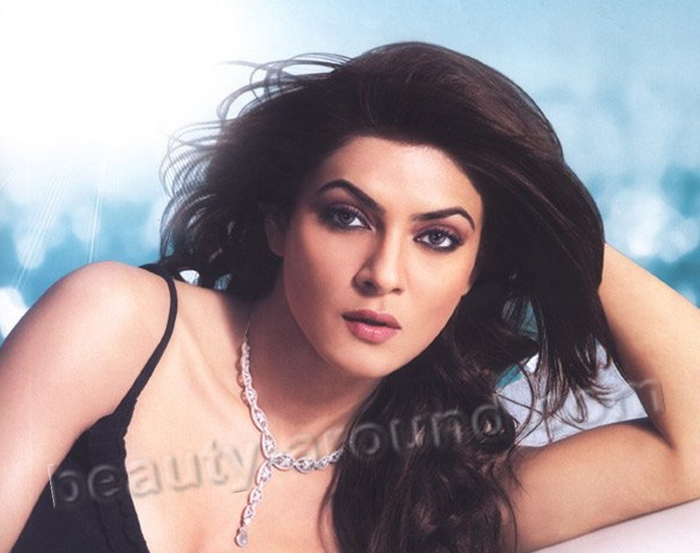 Sushmita Sen Miss Universe 1994 photo