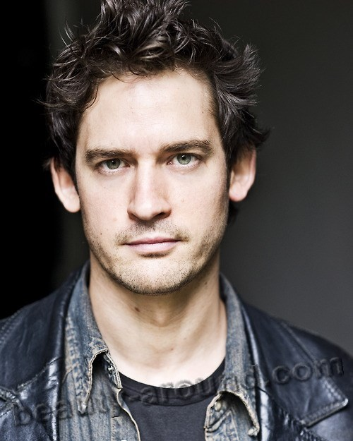 handsome British men William «Will» Kemp, English actor and dancer