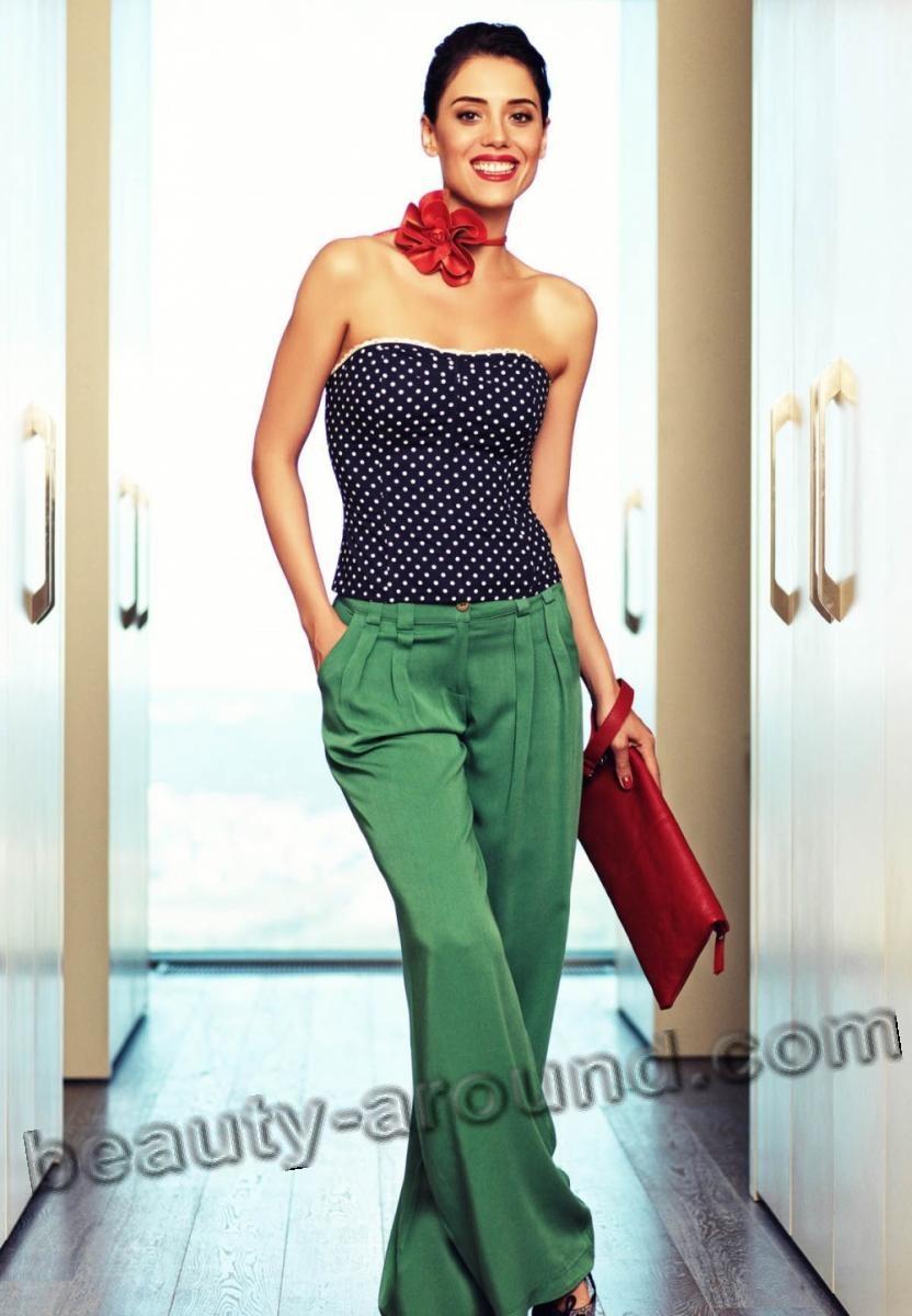 Джансу Дере красивая фигура фото