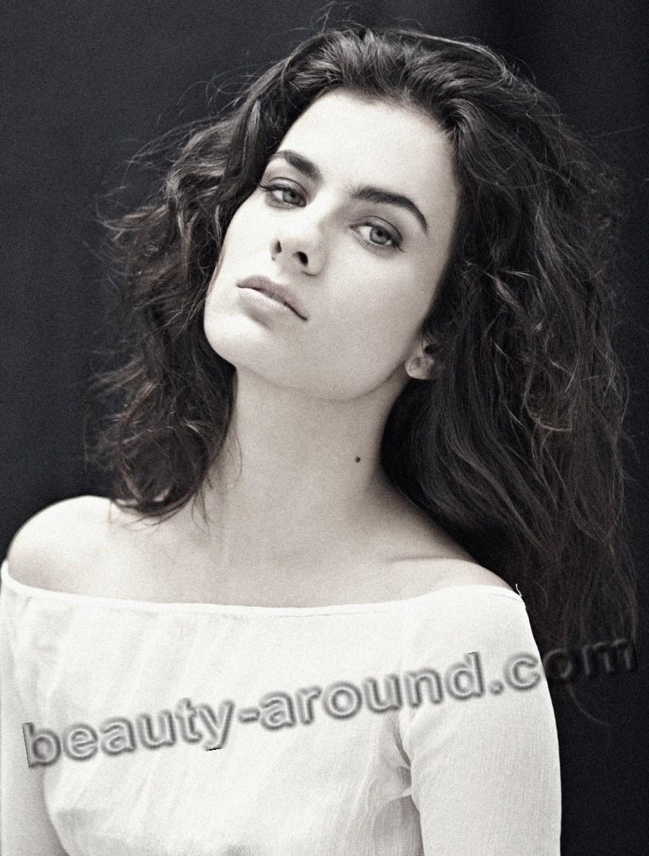 Celine Reymond cute Chilean actress photo