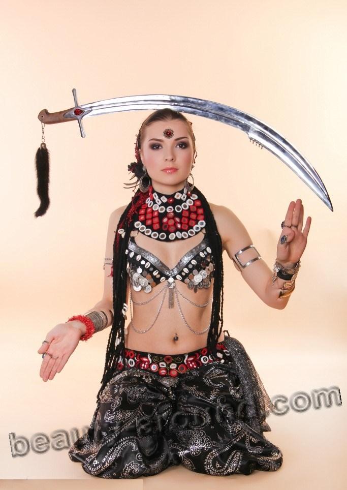 сабля, танец живота с саблей