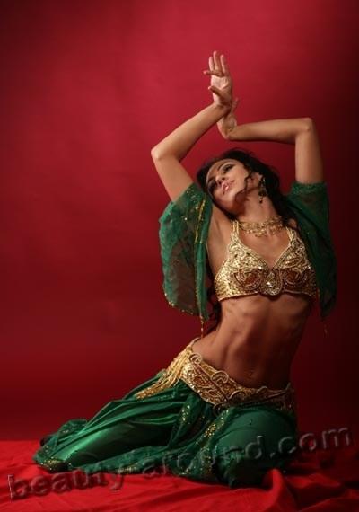 Фото танца живота, движения танца живота