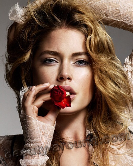 Doutzen Kroes Dutch model of Frisian origin photo