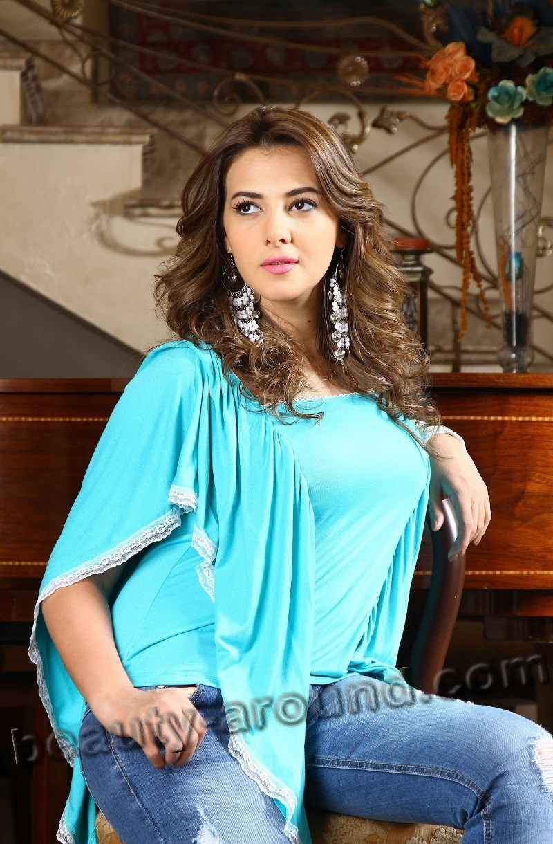 Beautiful Egyptian Women Donia Samir Ghanem Egyptian actress photo