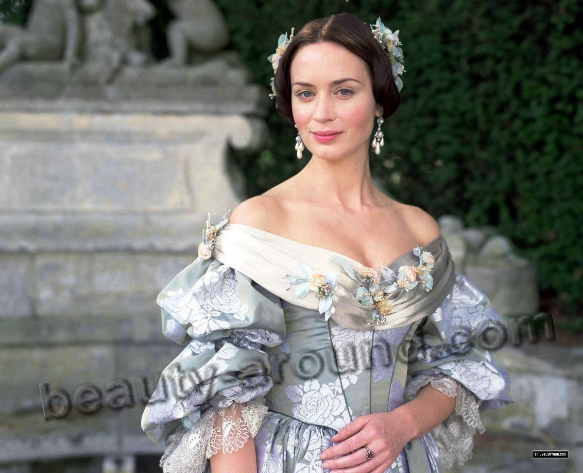 Emily Blunt The Young Victoria pictures