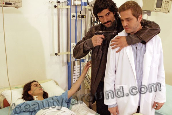 Bir Bulut Olsam photo series with Engin Akyurek