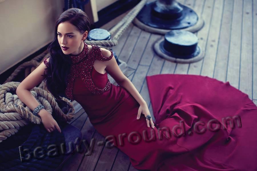 Фото турецкой модели бусе нарджи