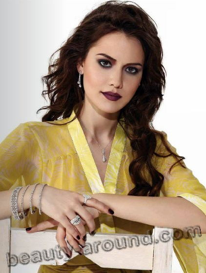 Fahriye Evcen new model photos