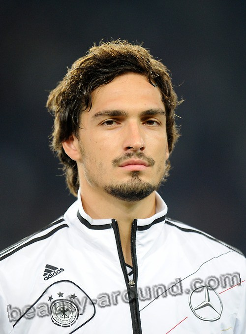 Mats Julian Hummels, handsome german football player