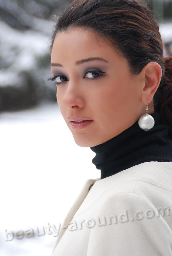 Елена Сатине Топлес – Город Мечты (2012)