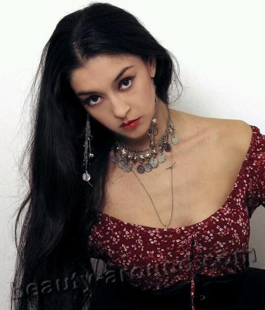 Фотографии красивых цыганских девушек 4 фотография
