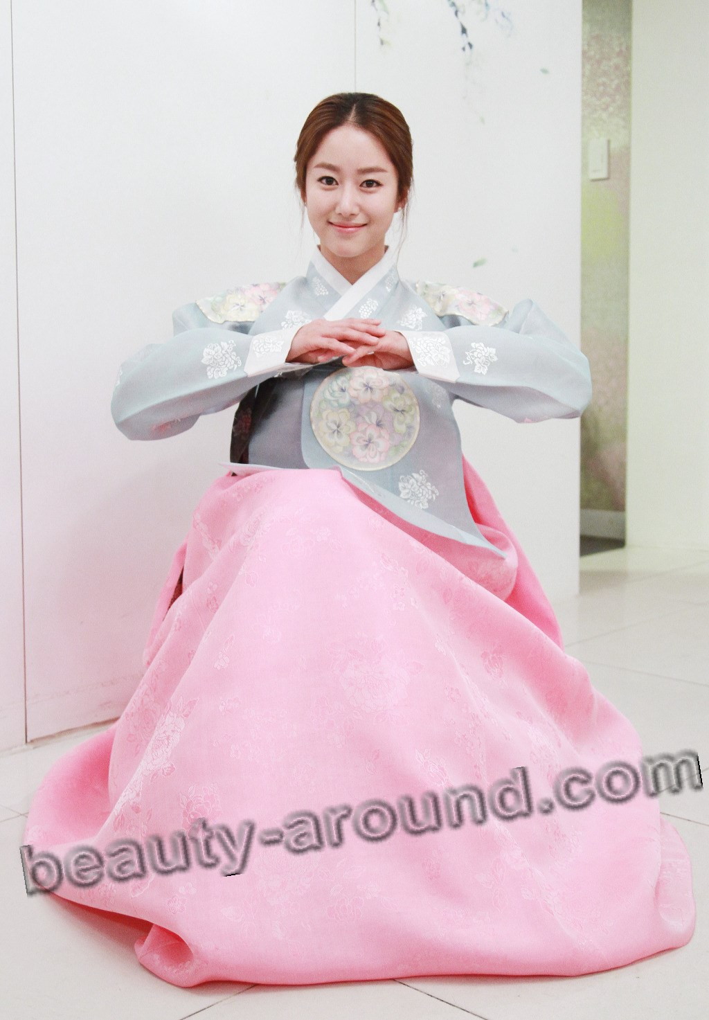 Hanbok Korean dress photo