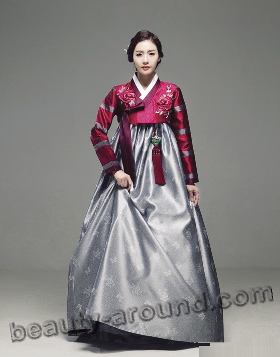 Red Hanbok pictures