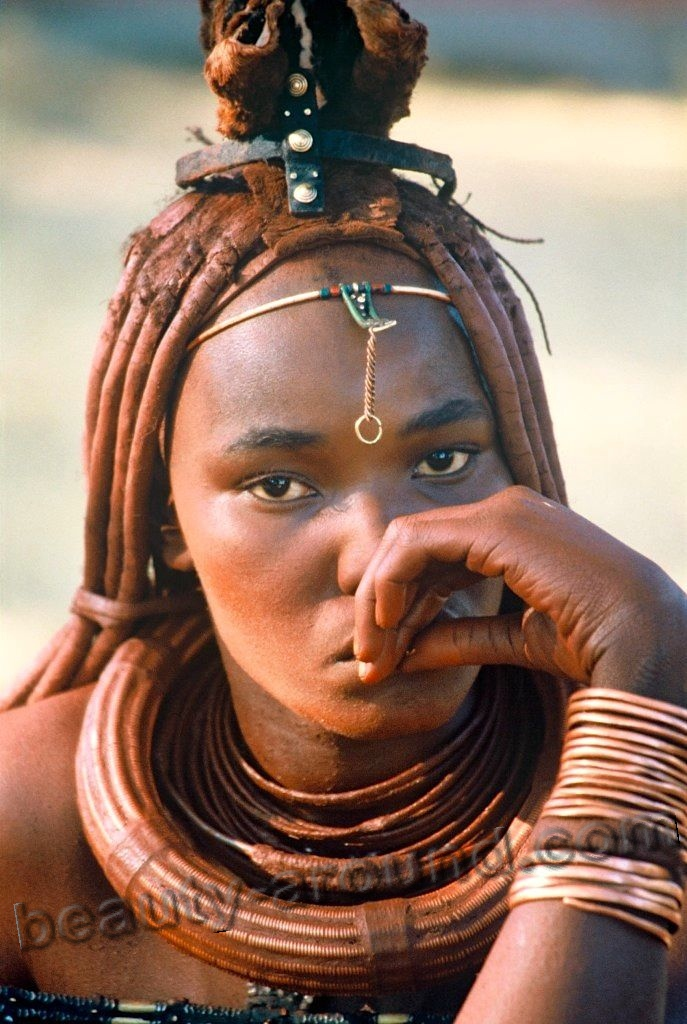 portraits of Himba women picture