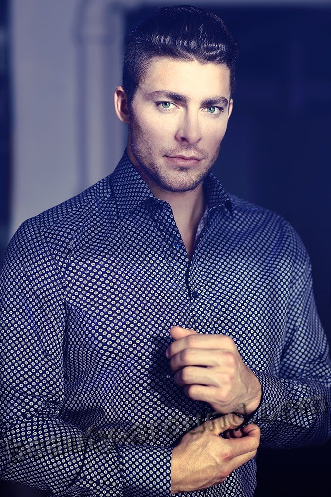 Professional hockey player Joffrey Lupul photo