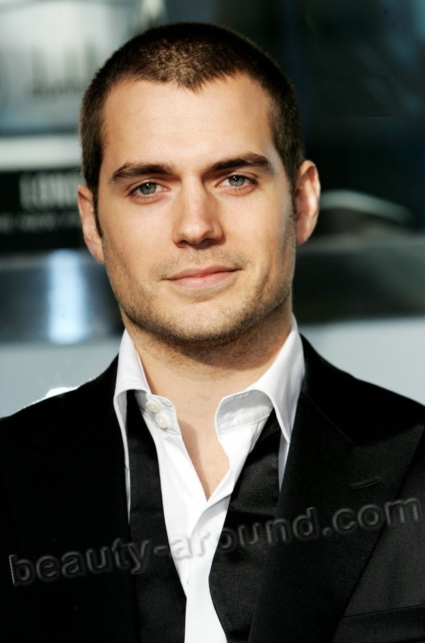 Henry William Dalgliesh Cavill most beautiful Hollywood actor photos