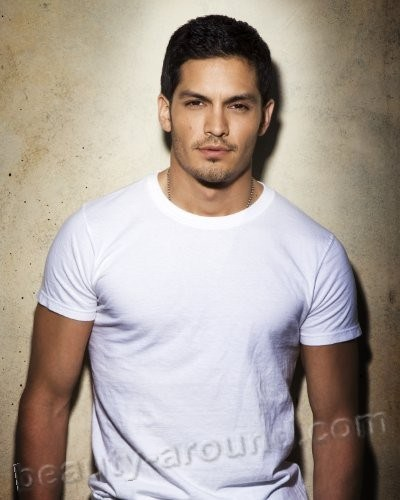 Nicholas Gonzalez  beautiful American actor