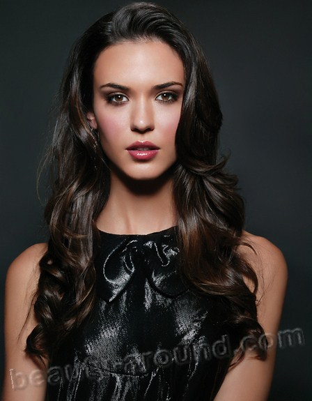 Odette Annable (Yustman) beautiful American actress photos