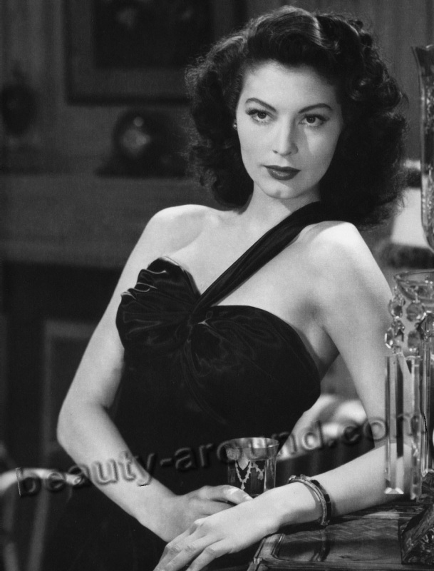 old Hollywood actresses photos, Ava Gardner photo, sex symbol of Hollywood 40s- 50s