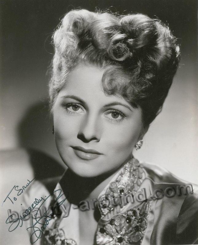 old Hollywood actresses photos, Joan Fontaine photo, english-american actress