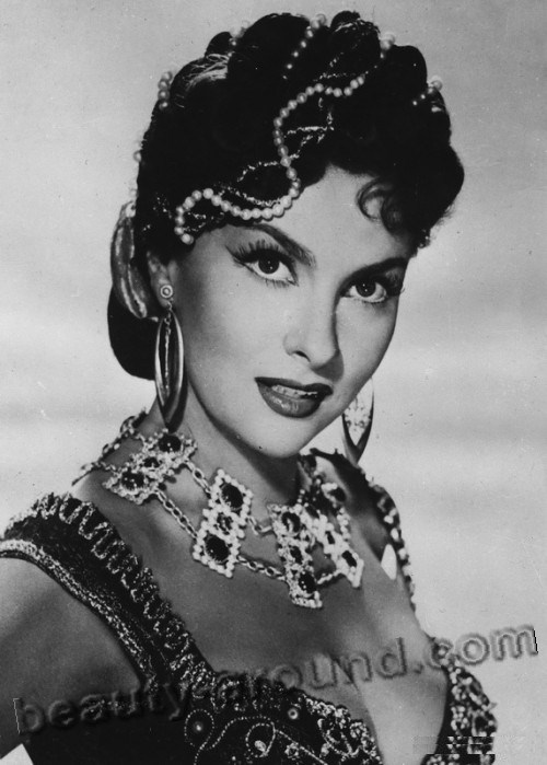 old Hollywood actresses photos, Gina Lollobrigida photo, Italian actress of old Hollywood