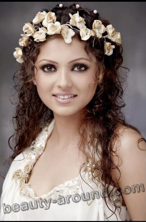 Drashti Dhami beautiful Indian actress photo