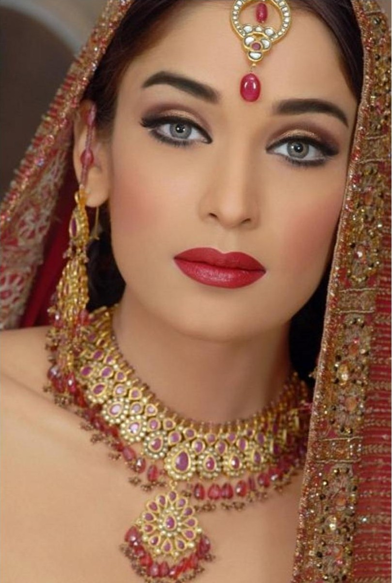 Beauty Make Up: The Indian Make-up And Jewelery (80 Photos