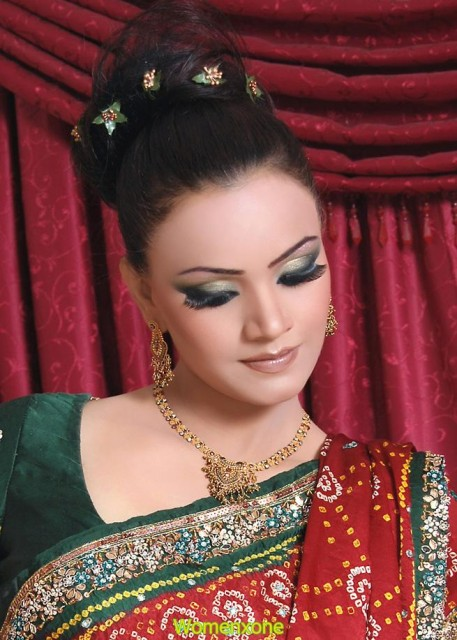 Indian make-up picture