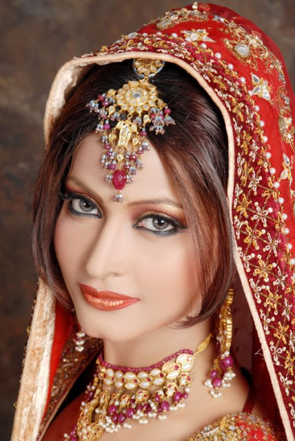 Indian beautiful jewelry and makeup pictures